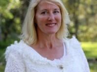 Coffs Celebrant – Unique Ceremonies with Louise Pilpel